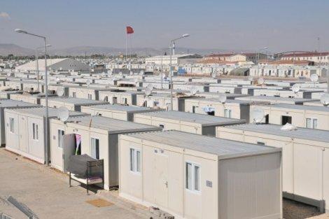 كرفانات حديثة للاجئين